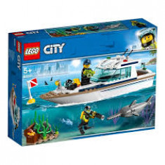 Diving Yacht - LEGO